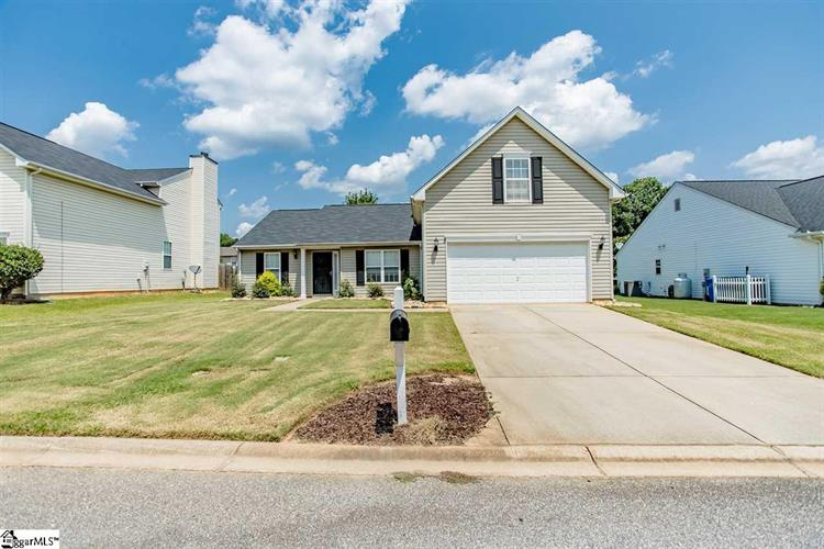 21 Hartwell Drive, Simpsonville, SC 29681