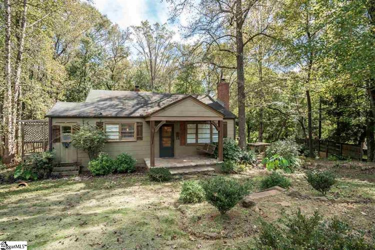 131 Wilshire Drive, Greenville, SC 29609