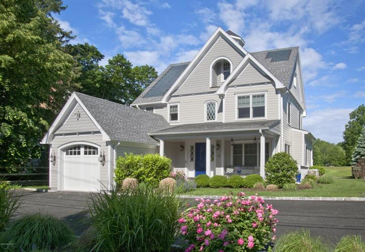 15 Shore Road, Old Greenwich, CT 06870