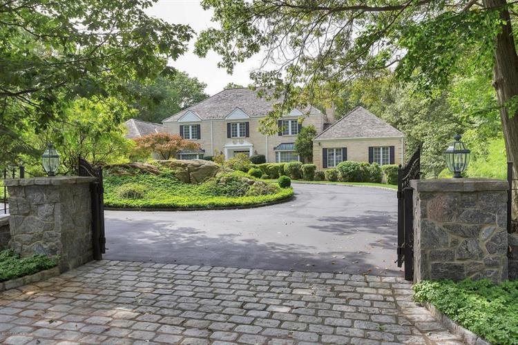 4 Mountain Laurel Drive, Greenwich, CT 06831