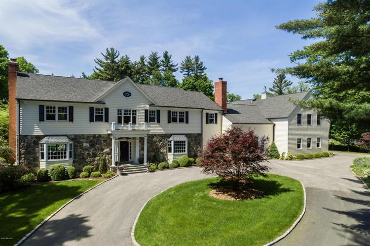14 Mountain Wood Drive, Greenwich, CT 06830