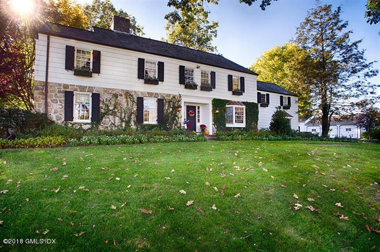 508 Round Hill Road, Greenwich, CT 06831