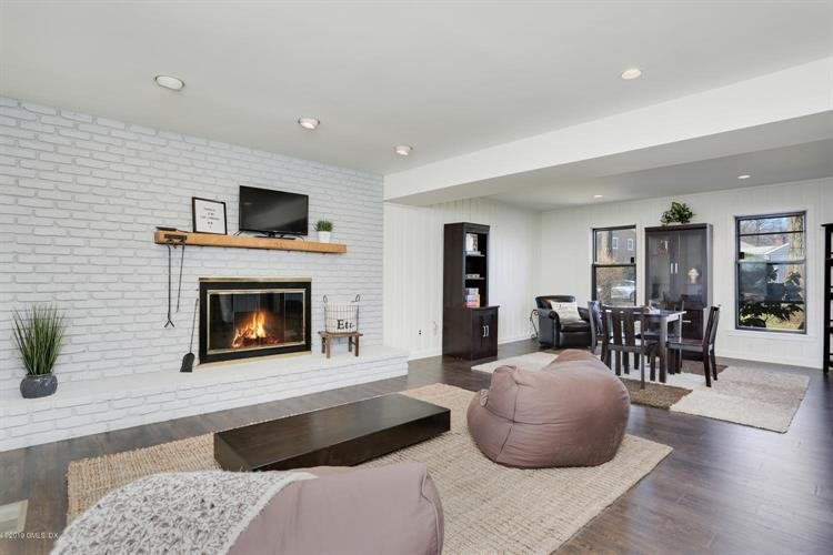 27 Maplewood Drive, Cos Cob, CT 06807 - Image 1