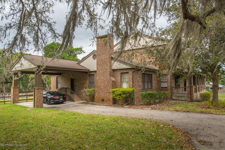 26111 Church Road, Brooksville, FL 34602