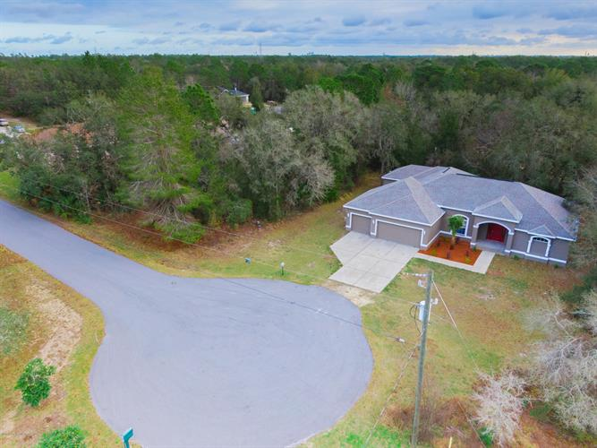 13016 Hooper Road, Weeki Wachee, FL 34614 - Image 2