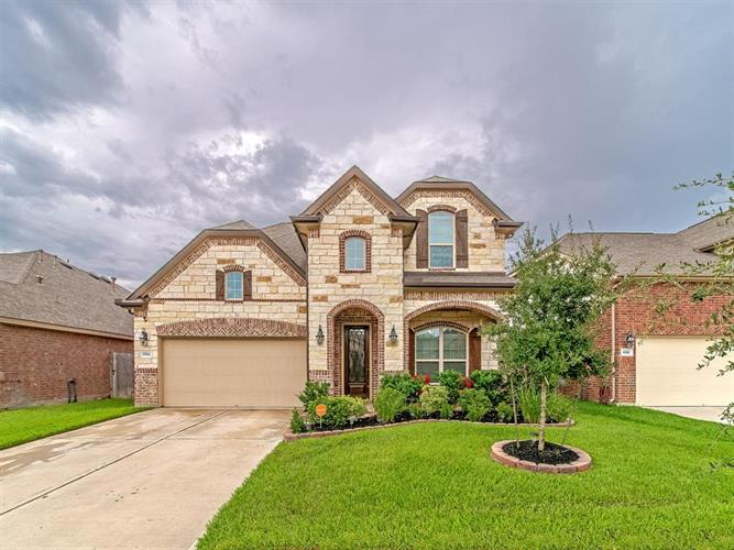 8514 Brinklow Point Drive, Cypress, TX 77433