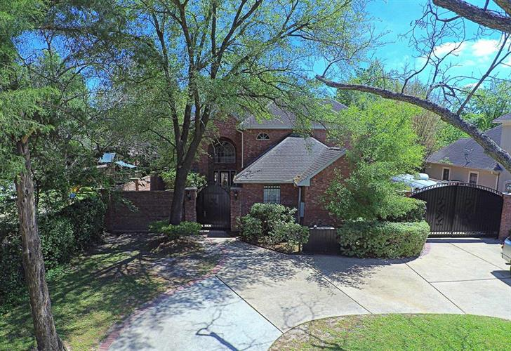 1110 Bade Street, Houston, TX 77055