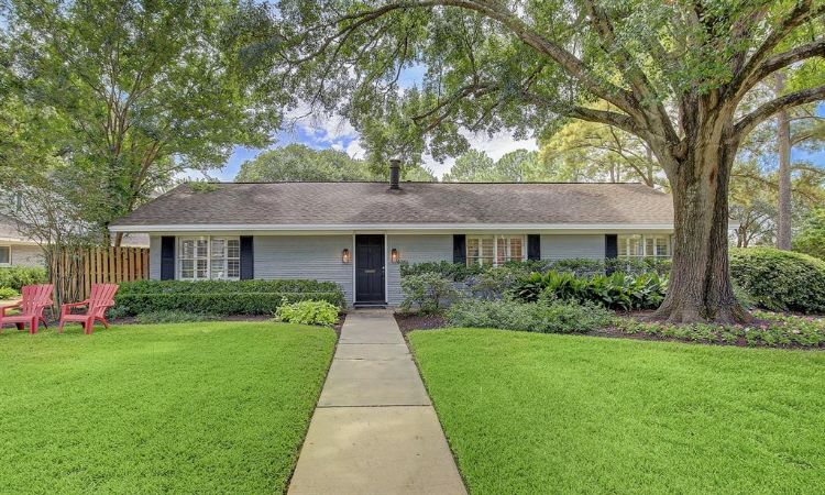 6261 Overbrook Lane, Houston, TX 77057 - Image 1