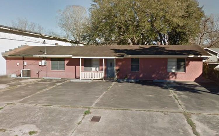 1713 AVE M Street, Bay City, TX 77414 - Image 1