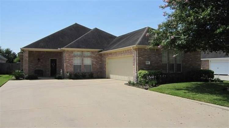 1004 Eagle Lake Road, Sealy, TX 77474 - Image 1