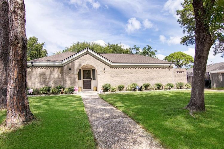 15523 Pleasant Valley Road, Houston, TX 77062 - Image 1
