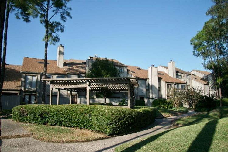 1027 Country Place Drive, Houston, TX 77079 - Image 1