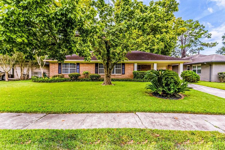 5439 Kinglet Street, Houston, TX 77096 - Image 1