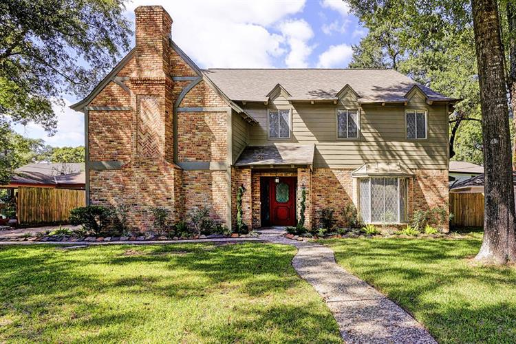 1006 Suwanee Lane, Houston, TX 77090