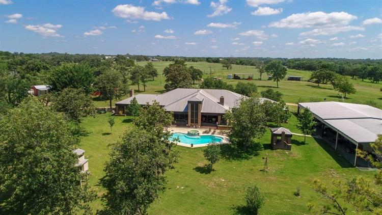 2271 Clens Road, Bellville, TX 77418 - Image 1