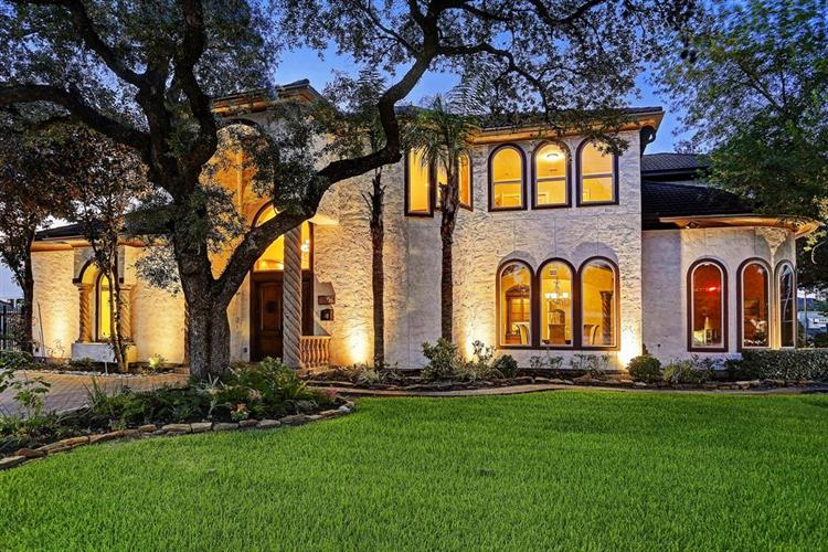 6006 Memorial Drive, Houston, TX 77007 - Image 1