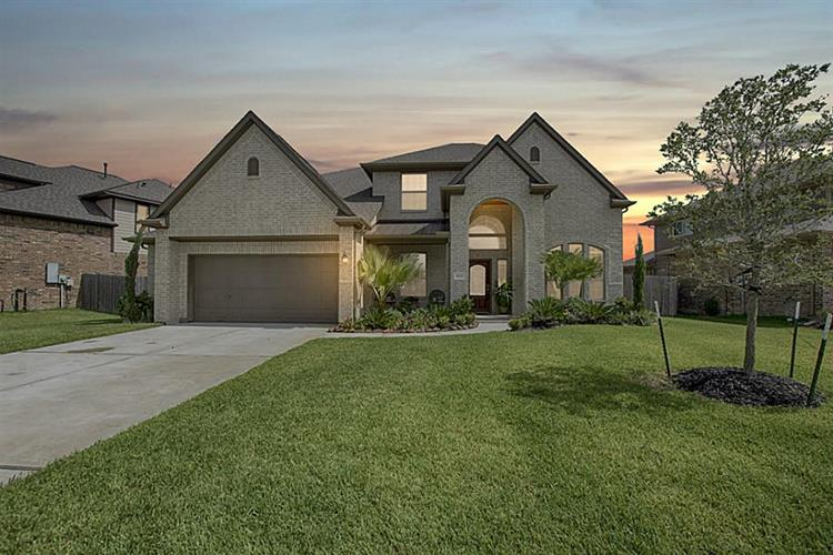 4721 Sabero Lane, League City, TX 77573