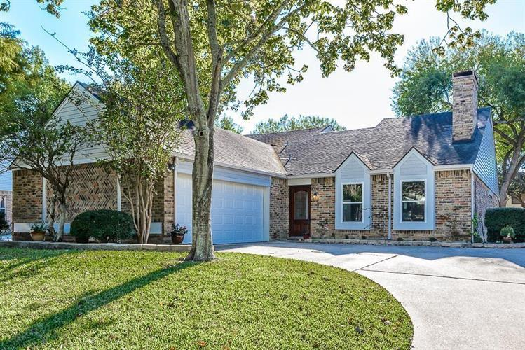 14922 Cobre Valley Drive, Houston, TX 77062 - Image 1