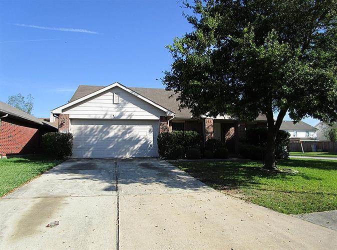 1302 Coppermeade, Houston, TX 77067