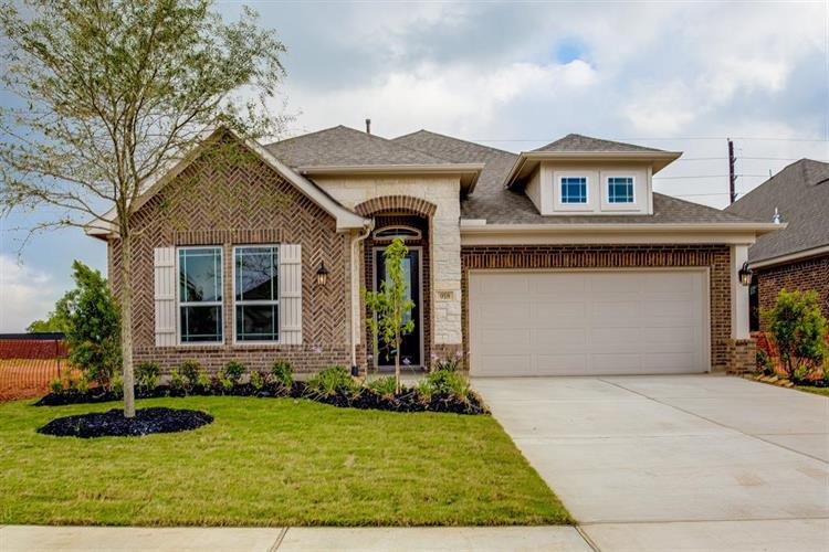 918 Warm Summer Drive, Richmond, TX 77406 - Image 1