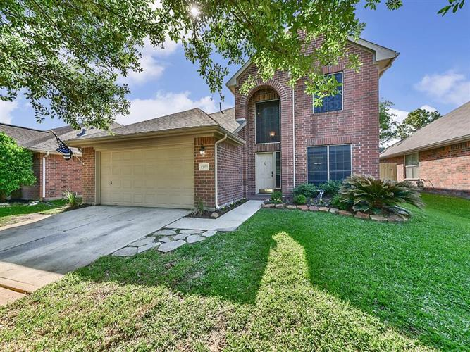 12023 Thornecrest Drive, Tomball, TX 77375