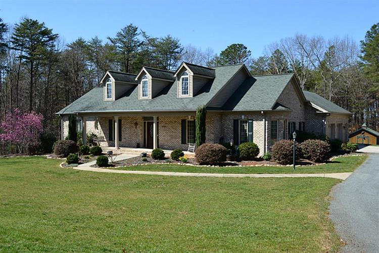 7730 Mcgee Tl, Tobaccoville, NC 27050