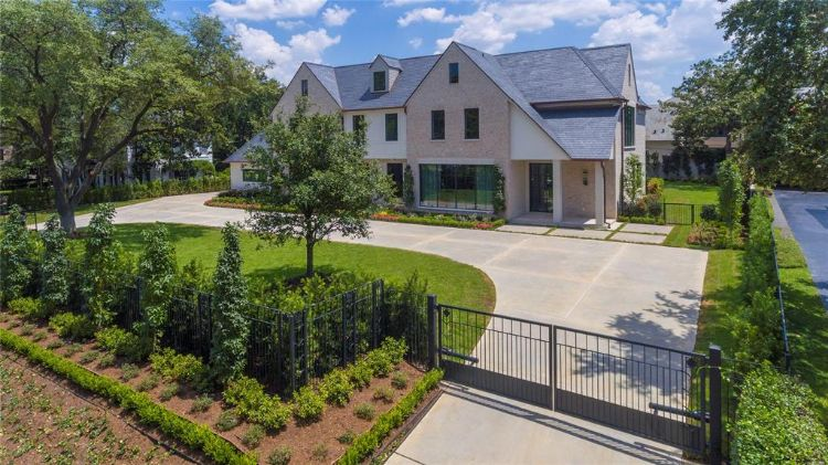 1059 Kirby Drive, Houston, TX 77019 - Image 1