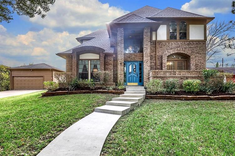 1902 Eagles Cove, Friendswood, TX 77546