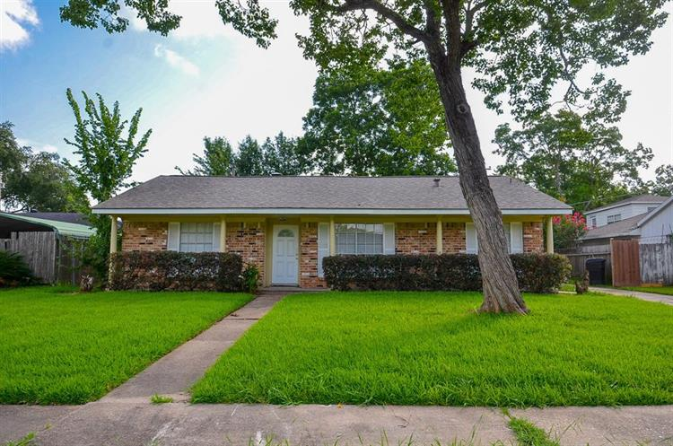 11323 Sagevale Lane, Houston, TX 77089 - Image 1
