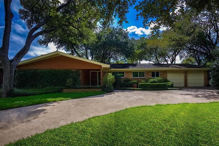 10007 Willowgrove Drive, Houston, TX 77035 - Image 1