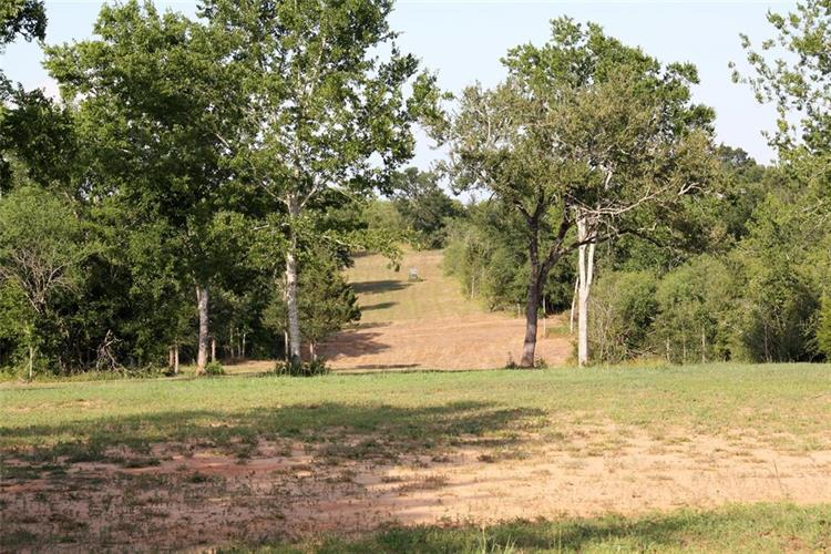 6201 Trackside Road, Chappell Hill, TX 77426