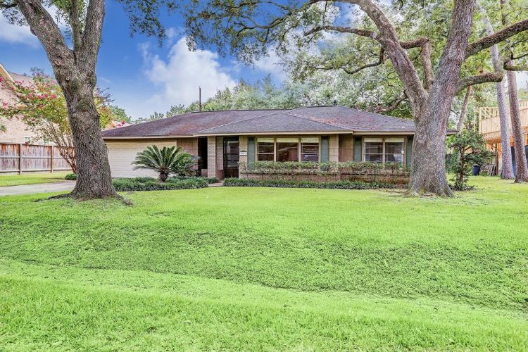 1026 Traweek Street, Houston, TX 77055 - Image 1
