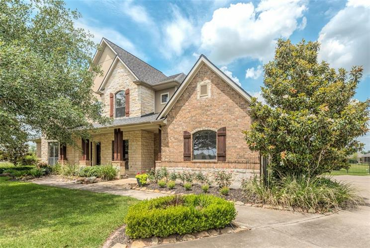 4602 Santa Barbara Way, Richmond, TX 77406