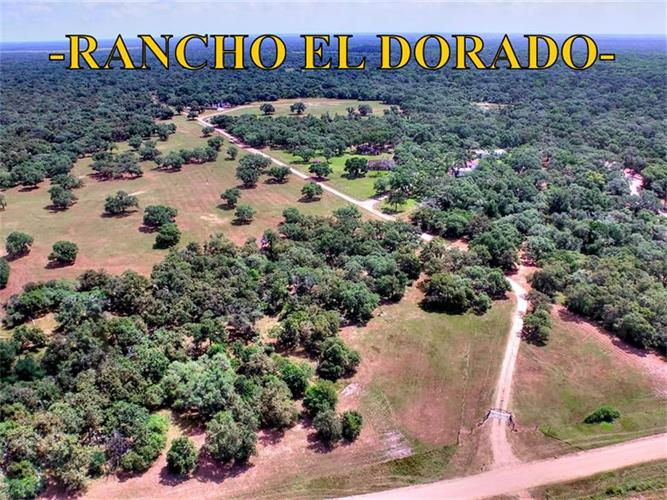 2105 Cr 14A, Hallettsville, TX 77964