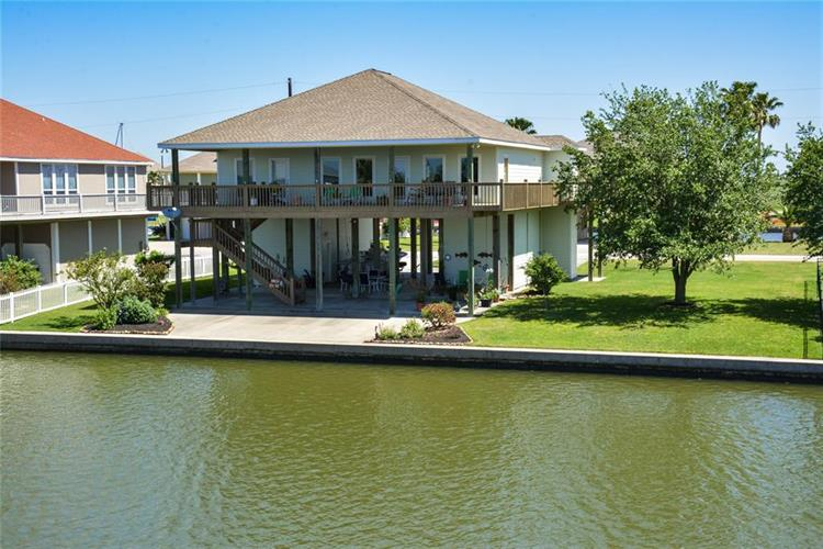 1151 Fountain View Drive, Crystal Beach, TX 77650 - Image 1
