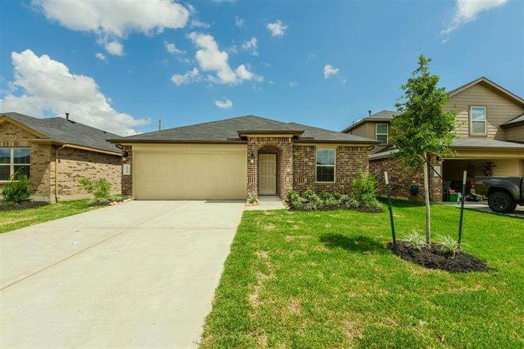 2730 Bergen Bay Lane, Fresno, TX 77545
