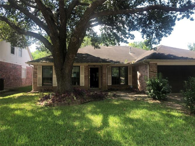 10951 Olivewood Drive, Houston, TX 77089 - Image 1
