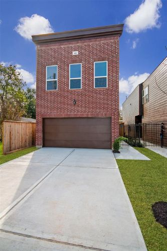426 E 41st Street, Houston, TX 77022 - Image 1