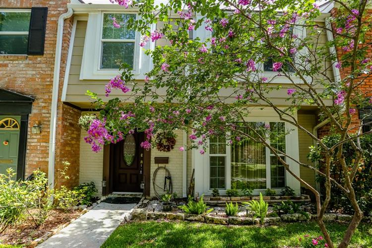 1383 Country Place Drive, Houston, TX 77079