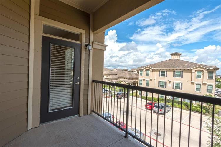18545 S University Boulevard, Sugar Land, TX 77479 - Image 1