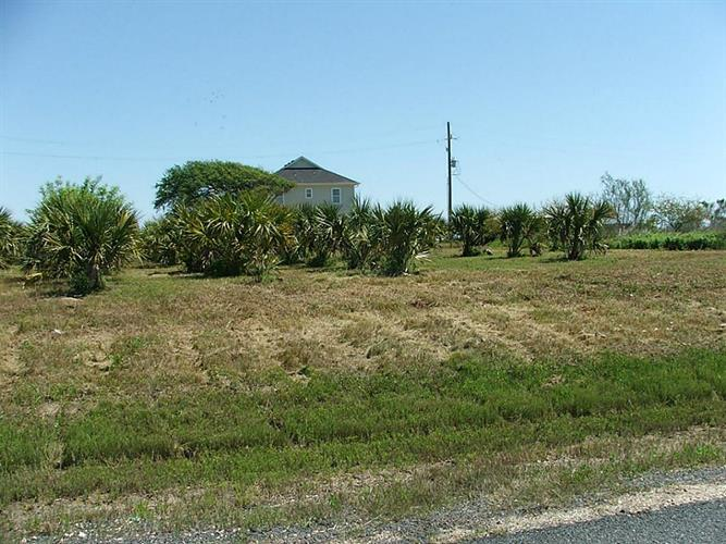5 LOTS Yacht Basin Road, Gilchrist, TX 77617