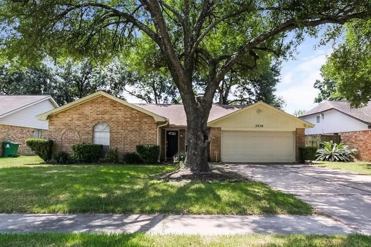 3519 Sardis Lane, Houston, TX 77088 - Image 1