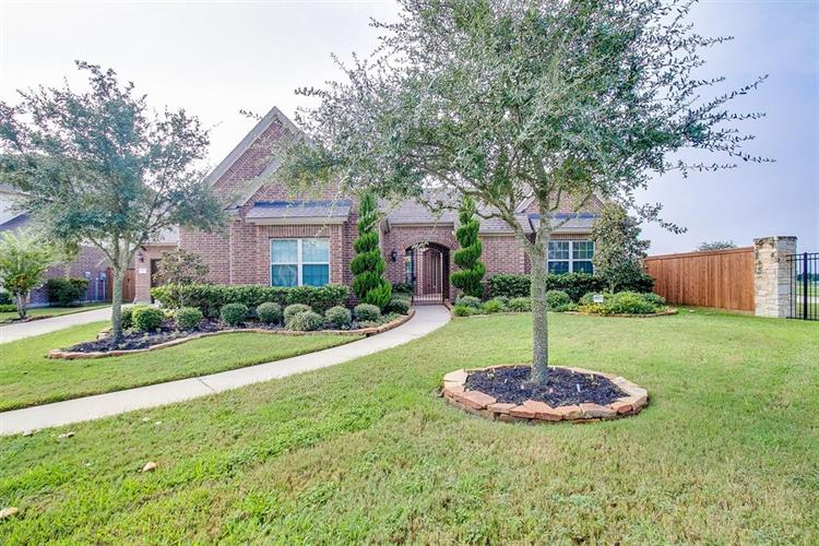 17923 Lake Nocona Court, Cypress, TX 77433 - Image 1