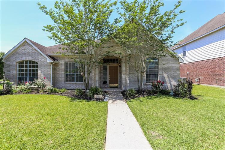 3118 Alexandros Court, Pearland, TX 77584