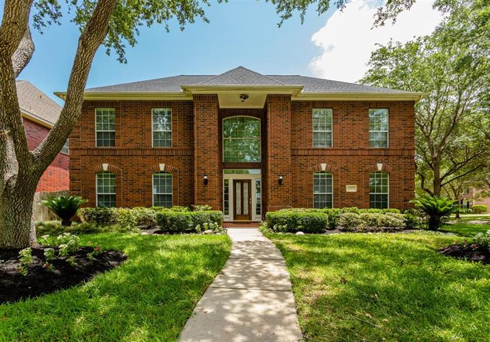 4310 April Meadow Way, Sugar Land, TX 77479