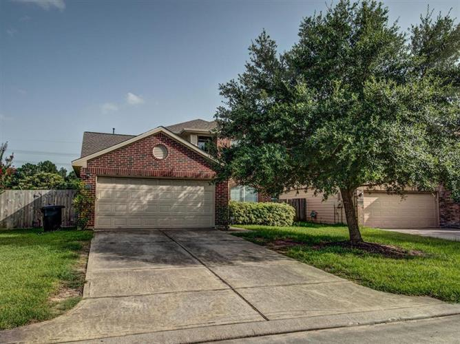 1026 Lancaster Lake Drive, Houston, TX 77073