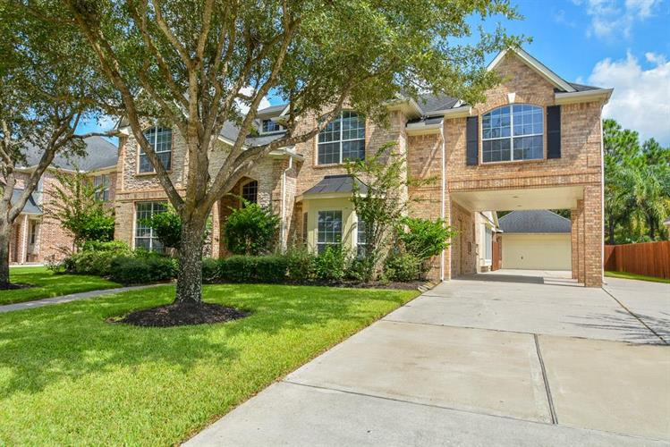 14002 Windy Stream Lane, Houston, TX 77044