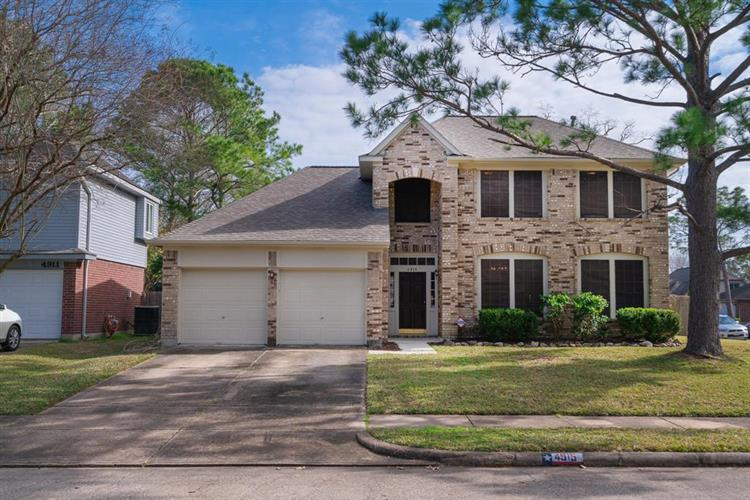 4915 Stone Harbor Drive, Friendswood, TX 77546 - Image 1
