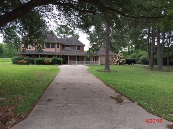 19012 High Meadow Lane, Tomball, TX 77377