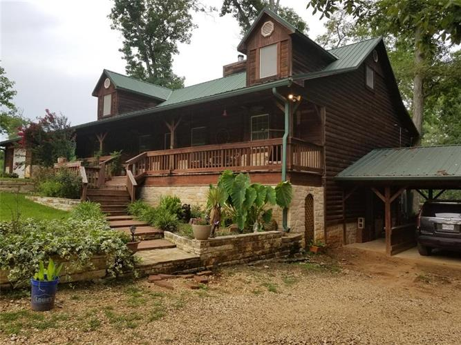 498 Glenn Nettles Road, Livingston, TX 77351